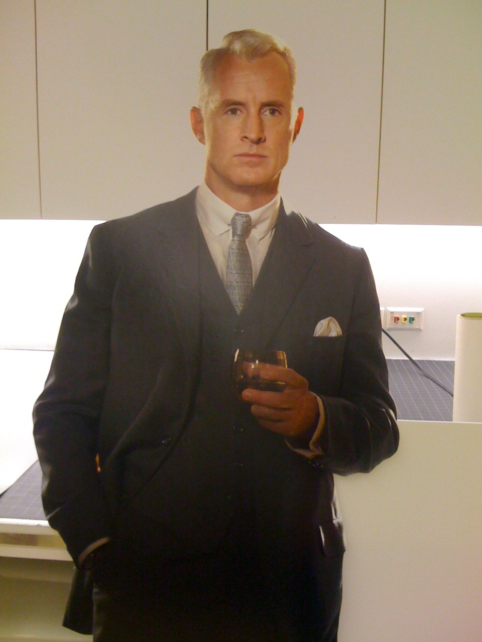 Roger Sterling News Information from the web
